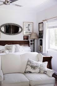 schlafzimmer im vintage stil mit sofa bild kaufen