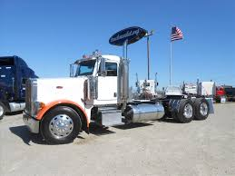 USED 2006 PETERBILT 379 TANDEM AXLE DAYCAB FOR SALE IN MS #6421 2005 Peterbilt 379 Triaxle 131 Truck Sales Youtube Lobos Pride The San Antoniobased Texas Chrome Shop Built This Old Semi Trucks For Sale Classic Lover Trucks Eighteen Ab Big Rig Weekend 2009 Protrucker Magazine Canadas Trucking Wwwcrechaletruckscom Peterbilt 379exhd For Sale 13 Listings Used 2006 For Sale 1565 In Virginia Used On Buyllsearch 1997 Optimus Prime Transformer Semi Hauler 389 And 388 Spotters Guide 1995 Custom Nexttruck Blog Industry News Day Cab 784000 Miles Sawyer