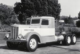 75 Years Of Keeping The Driver In Mind! #Peterbilt #Vintage #History ...