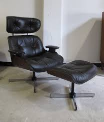 EAMES STYLE LEATHER LOUNGE CHAIR & OTTOMAN BY PLYCRAFT ... Plycraft Lounge Chair Offeverydayclub Vintage Mr Chair Swivel For Plycraft In Walnut And Metal 1960 Signed After Eames Herman Miller Style Lounge Base House Examples Source Ottoman Excellent Cdition Mid Century Modern Small 1960s 1st Edition By George Mulhauser Ottoman 55 Off Chairs Eamesstyle Usafully Stored
