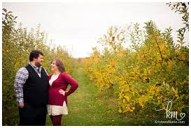Best Pumpkin Patch Indianapolis by Pumpkin Patch Engagement Session In Indianapolis