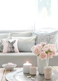 frühlingsrosa grau dekoration deko ideen rosa wohnzimmer