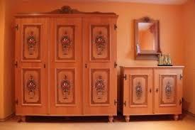original voglauer schlafzimmer massiv bemalte bauernmöbel