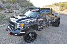 100 High Trucks Honor Building To Help Wounded Warriors