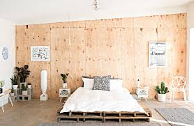 Recycle Chic Make Modern Furniture from Wood Pallets Freshome