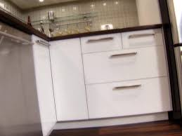 Kitchen Cabinet Filler Strips by Installing Kitchen Cabinets How Tos Diy