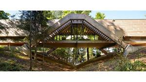100 Muskoka Architects Live Life High Above A Ravine At Bridgehouse In The Star