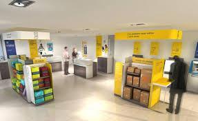 les bureaux de poste la poste simplifie les envois avec sa nouvelle gamme courrier