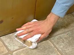 Laying Stone Tile Over Linoleum by How To Install Vinyl Flooring How Tos Diy