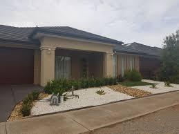 100 Armadale Court House 8 Tarneit Gold Key Real Estate