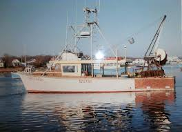 Hard Merchandise Tuna Boat Sinks by Captain Paul Hebert Home Facebook