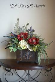 Beautiful Centerpieces For Dining Room Table by Best 25 Dining Table Centerpieces Ideas On Pinterest Dining