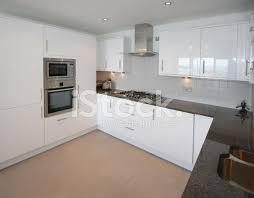 Moderne Weisse Küchen Bilder Moderne Weiße Küche Stockfotos Freeimages