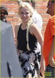 Cast Of Halloweentown by First Pics Of Georgina Haig As Frozen U0027s Queen Elsa On U0027once U0027 Set