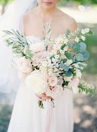 With The Greens Breaking Up Colour Palette And Providing A Perfect Contrast We Prefer Roses For This Ethereal Theme As It Symbolises