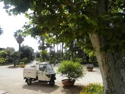 File:Villa Giulia Garden Truck, Palermo, Sicily, Italy (9458373266 ... Pickup Truck Gardens Japanese Contest Celebrates Mobile Greenery Solar Planter Decorative Garden Accents Plowhearth Stock Photos Images Alamy Fevilla Giulia Garden Truck Palermo Sicily Italy 9458373266 Welcome Floral Flag I Americas Flags Farmersgov On Twitter Not Only Is Usdas David Matthews Bring Yellow Watering In Service The Photo Image Sunflowers Paint Nite Pinterest Pating Mini Better Homes How Does Her Grow The Back Of A Tbocom