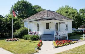 Machine Shed Des Moines Gift Shop by Review Of A Visit To Madison County Iowa