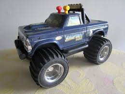 My BIGFOOT 4x4x4 Vtg Toy & Memorabilia Collection - Anything Not RC ...