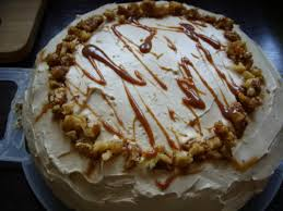 walnuss apfel torte mit frischkäse