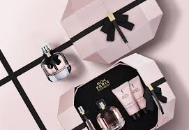 100 Paris By Design Prestige Coffret For Mon YSL On Packaging Of The World