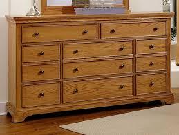 Vaughan Bassett Triple Dresser by 56 Best Vaughan Bassett Images On Pinterest Bedroom Furniture