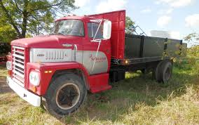Midwestauction.com - Old Dodge Trucks/JD & IH Tractors/dozer/2 ...