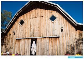 K&M   Kansas City Fall Wedding   Schwinn Farm Barn   Leavenworth ... Cj Schwinn Farm Barn Leavenworth Kansas Wedding Jerry Wang Rustic At Produce Katie Kyle The Km City Fall Photographer At Cheerful Anthropologie Ks Tennille Trey
