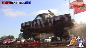 REDNECK TRUCK JUMP FAIL - Crazy Daily Content