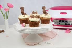 rezept saftige schoko himbeer cupcakes zu ostern einfach