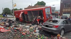 100 Coke Truck Truck Tried To Beat The Train Wellthatsucks