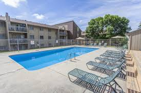 El Patio Des Moines Hours by Robin Hill Pet Friendly Apartments Elevate Living
