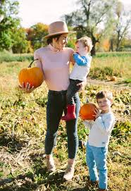 Pumpkin Picking In Ct by Pumpkin Patches And Corn Mazes Love Taza