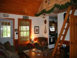 Roscoe Village Ohio Cabin Rentals for Group Family Vacations
