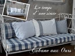 lit canap fer forg lit de bébé en fer forgé transformer un canapé pour les longues