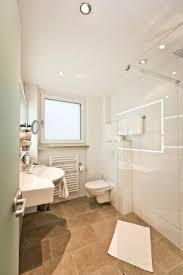 badezimmer im doppelzimmer deluxe mit walk in dusche