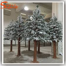 Garden Ornamental Fiberglass Artificial Snow Pine Tree