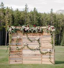 Perfect Photo Opportunities For Your Guests Youll Be Wanting To Say I Do These Rustic Themed Wedding Backdrops That Were Made The Occasion