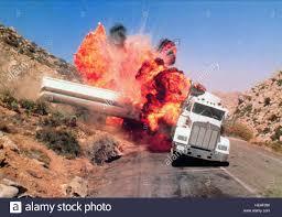 100 Truck Explosion TRUCK EXPLOSION SCENE JAMES BOND LICENCE TO KILL 1989 Stock Photo