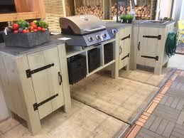meuble cuisine exterieure bois façonnez votre cuisine extérieure en bois d échafaudage meuble