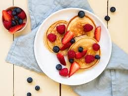 quark pancakes mit obstsalat