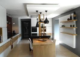cuisine faux plafond plafond suspendu cuisine professionnelle avec faux plafond cuisine