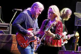 Tedeschi Trucks Band Leads A Hot Wheels Of Soul Roll At Michigan ...