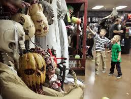 Spirit Halloween Sacramento by 100 Spirit Halloween 2009 Identify Your Breyer Halloween