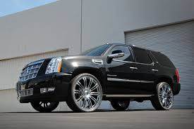 KMC KM677 D2 Chrome Wheels on Cadillac Escalade Wheels