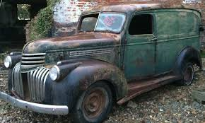 100 1952 Chevy Panel Truck ExPat Project 1946