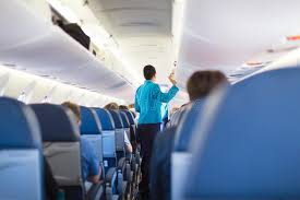 siege avion intérieur d avion avec des passagers sur des sièges photographie