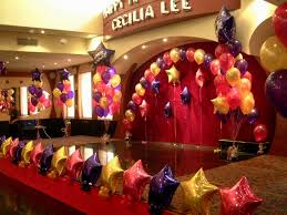Simple Stage Decoration With Balloons