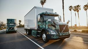 100 Lights For Trucks Driving The Volvo VNR Electric Semi From Volvo Autoblog