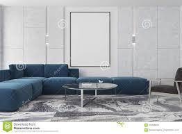 marmor und braunes wohnzimmer plakat blaues sofa stock