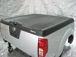 Nissan Frontier Bed Cover by Truck Hard Covers Manual Lift Aggressor Tonneau Cover Nissan